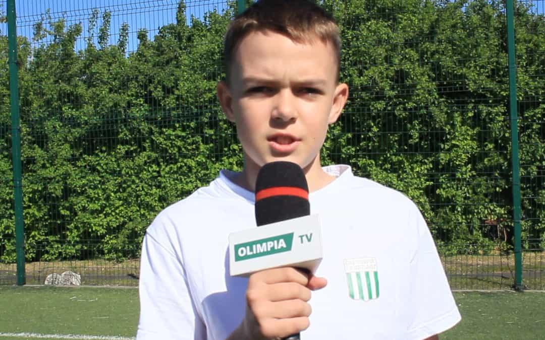 Młodzi piłkarze wspierają kadrę seniorów! (VIDEO)